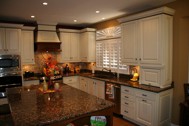 A Look At Traditional Kitchen Cabinet Layouts