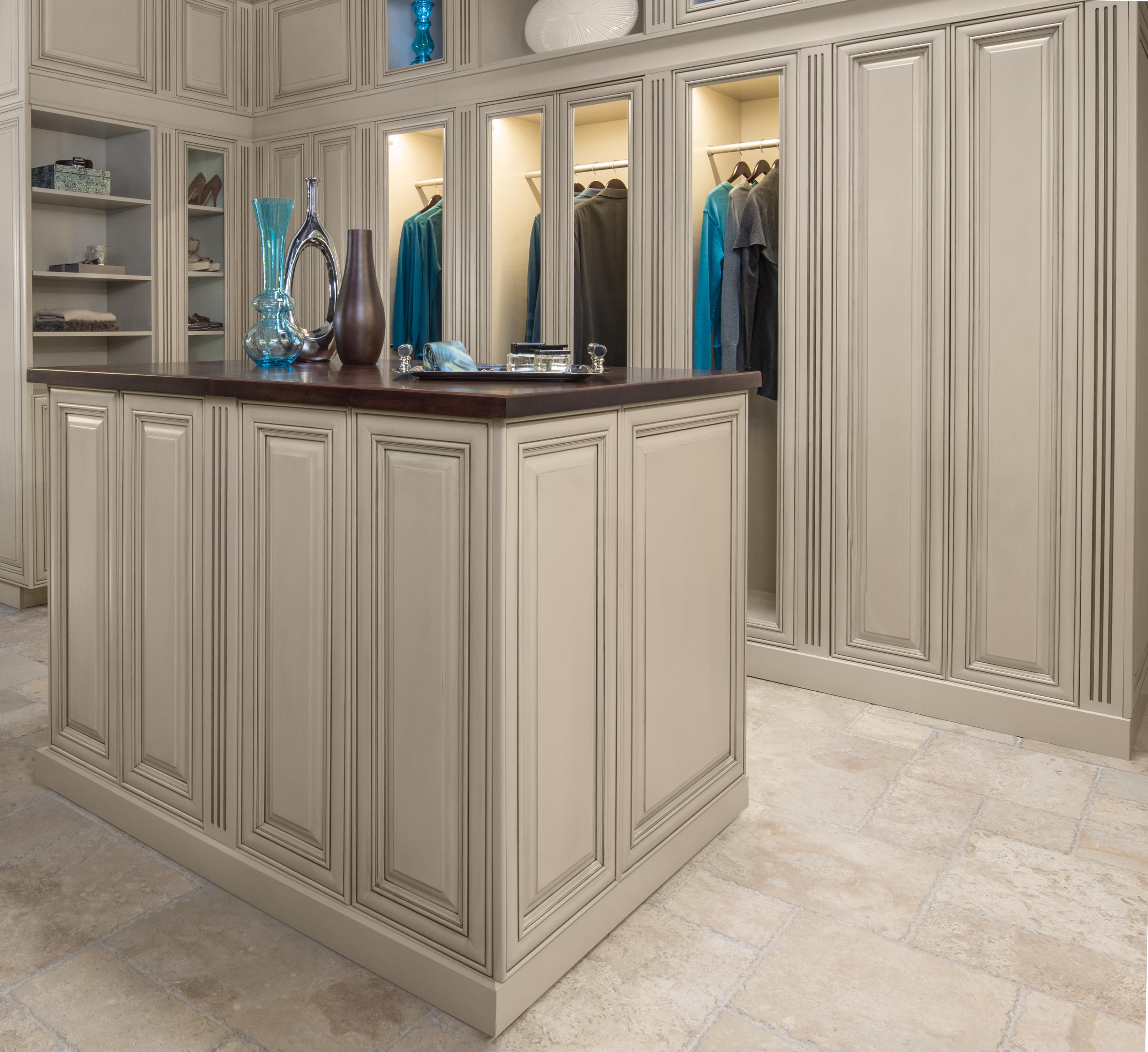 oakcraft custom closest cabinets