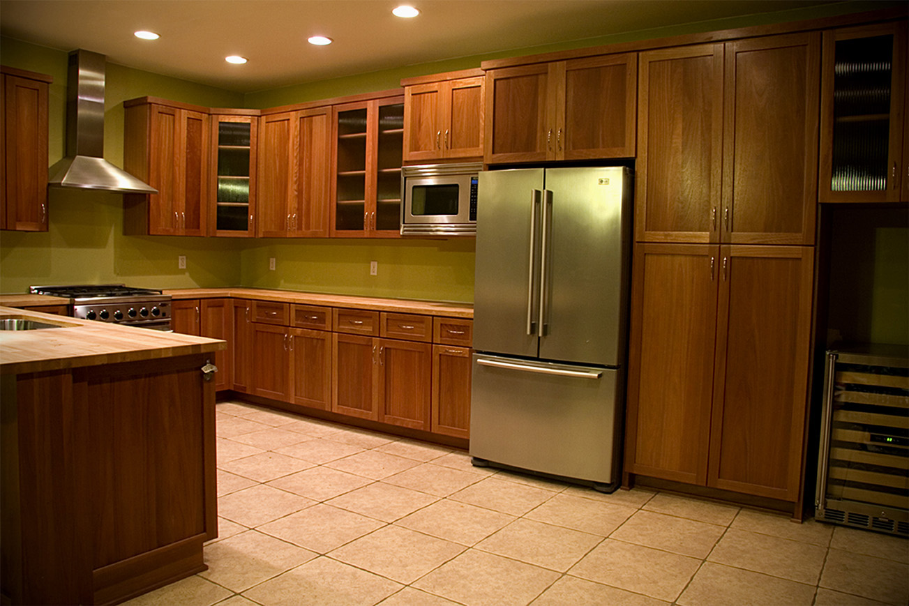 G & L Powers Enterprises traditional kitchen cabinets